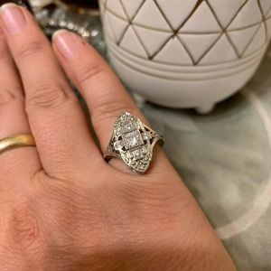 Jewelry - Vintage inspired white sapphire ring